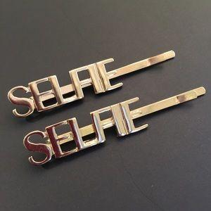Accessories - SELFIE Gold Hair Pins - Set of 2